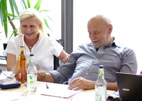 2018-04-29 Jonas mit Hilde Mattheis im Karl-Bröger-Haus in Nürnberg